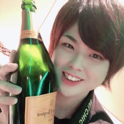 今日の一枚 カワイイ カッコイイ ビックリ めでたい 嬉しい♪ やってみた Belchic お祭り 指名くれーい シャンパン シャンパンコール 盛り上げ オタクホスト