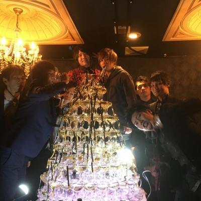 今日の一枚 セクシー カワイイ オモシロ カッコイイ ビックリ めでたい 嬉しい♪ やってみた Destiny 本気 Group D イベント シャンパン 聖誕祭 バースデー シャンパンタワー