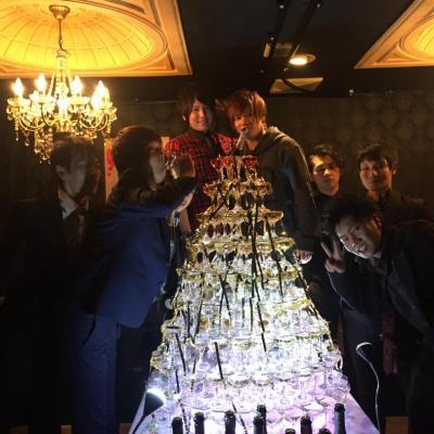 カワイイ カッコイイ ビックリ めでたい 聖誕祭 バースデー シャンパンタワー