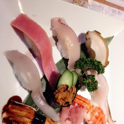 今日の一枚 嬉しい♪ 毎日いっぱい食べてるから痩せれないw 寿司