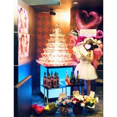 今日の一枚 #MORE  シャンパン #黒崎あや #バースデー #BirthdayEvent