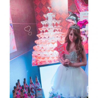 今日の一枚 #MORE  シャンパン #黒崎あや #バースデー #BirthdayEvent #黒崎あや
